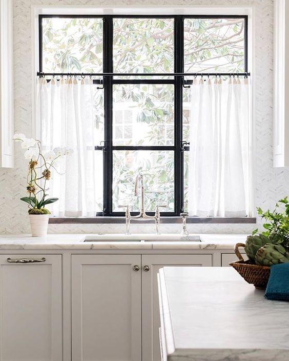 Kitchen crittall window